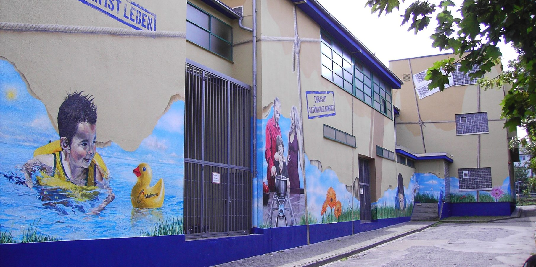 graffitiauftrag-graffitikuenstler-artmos4-mainova-menschen-fotorealistisch-frankfurt