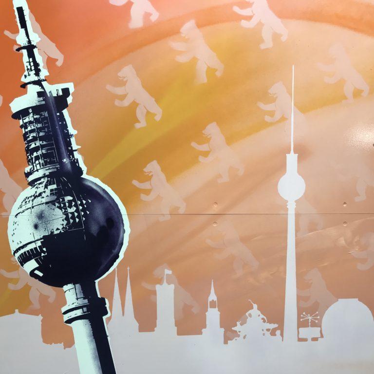 Graffitiauftrag-Graffiti-Deutsche-Bahn-Berlin-Noeldner-Platt-Skyline-S-Bahn-01