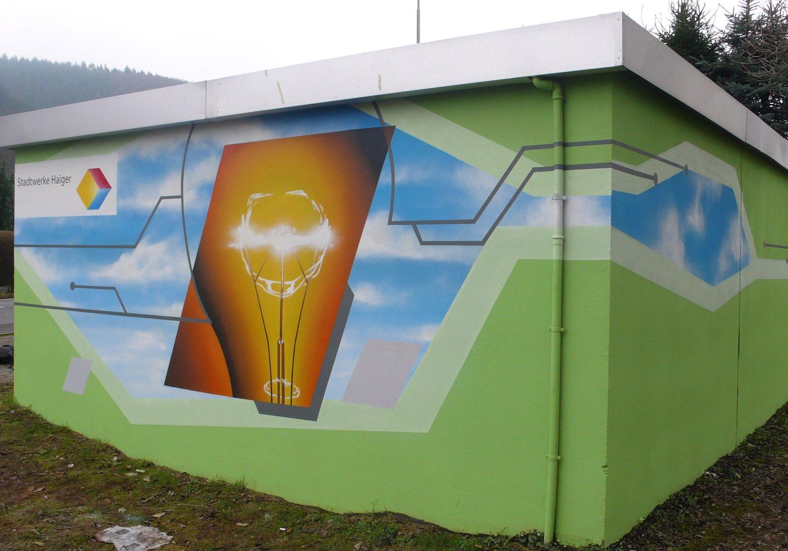 graffitiauftrag-graffitikuenstler-artmos4-stadtwerke-haiger-fotorealistisch-grafisch-energie