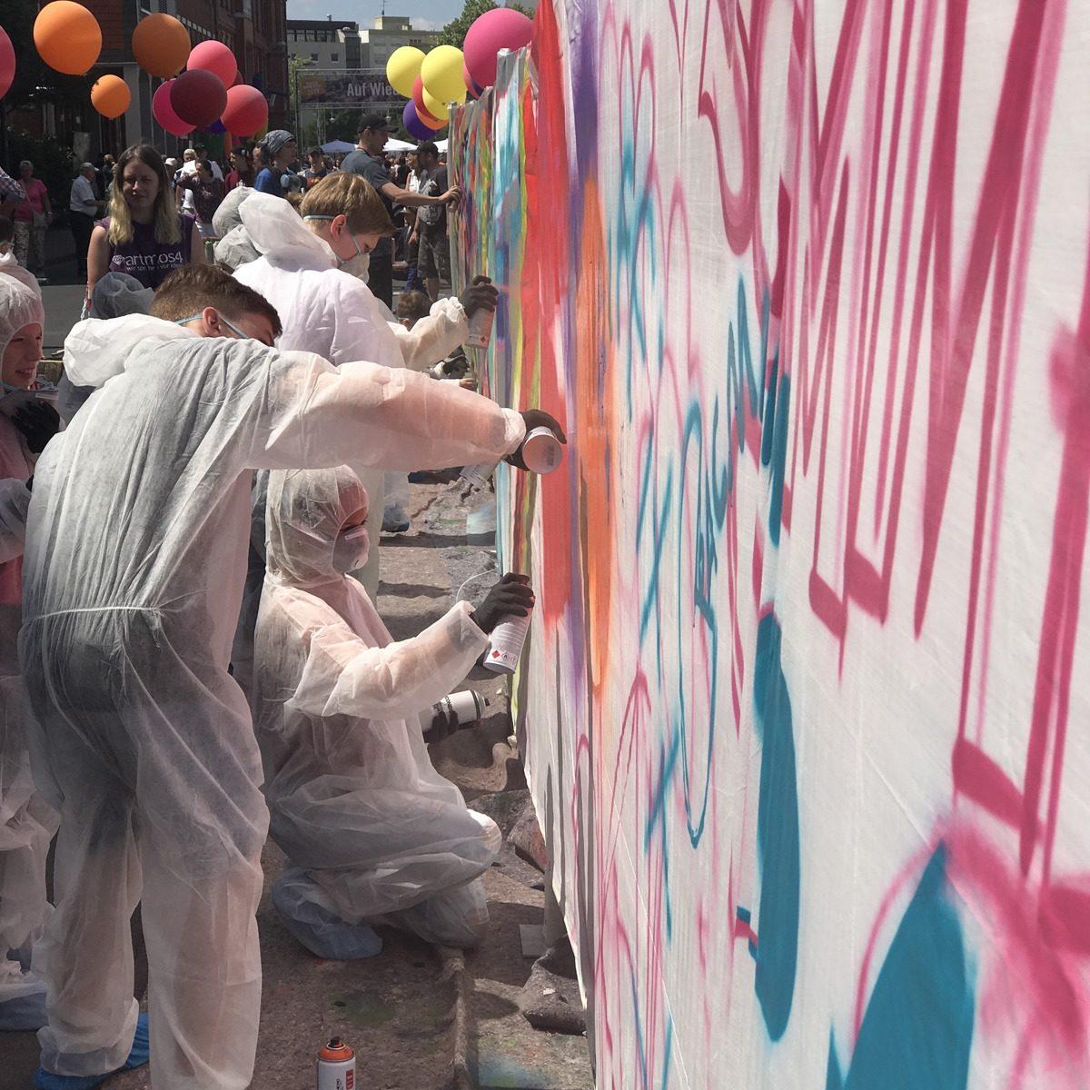 graffitiauftrag-graffitikuenstler-graffitikids-artmos4-heraeus-event-graffiti-hanau