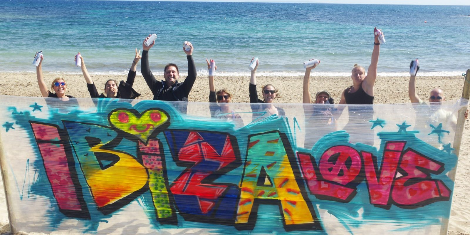 graffitiauftrag-graffitikuenstler-graffitiworkshop-artmos4-ibiza-workshop-event-graffiti