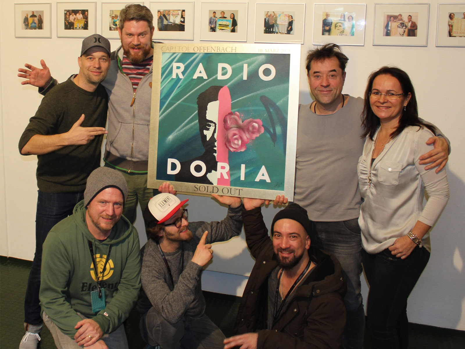 graffitiauftrag_artmos4_sold_out_award_radio_doria_Stadthalle_Offenbach_Leinwand_Graffiti