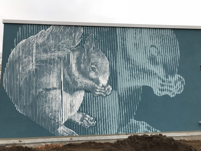 Graffitikuenstler, Graffitiauftrag, Artmos4, AlbrechtDuererSchule, Eichhörnchen, Rasterbild