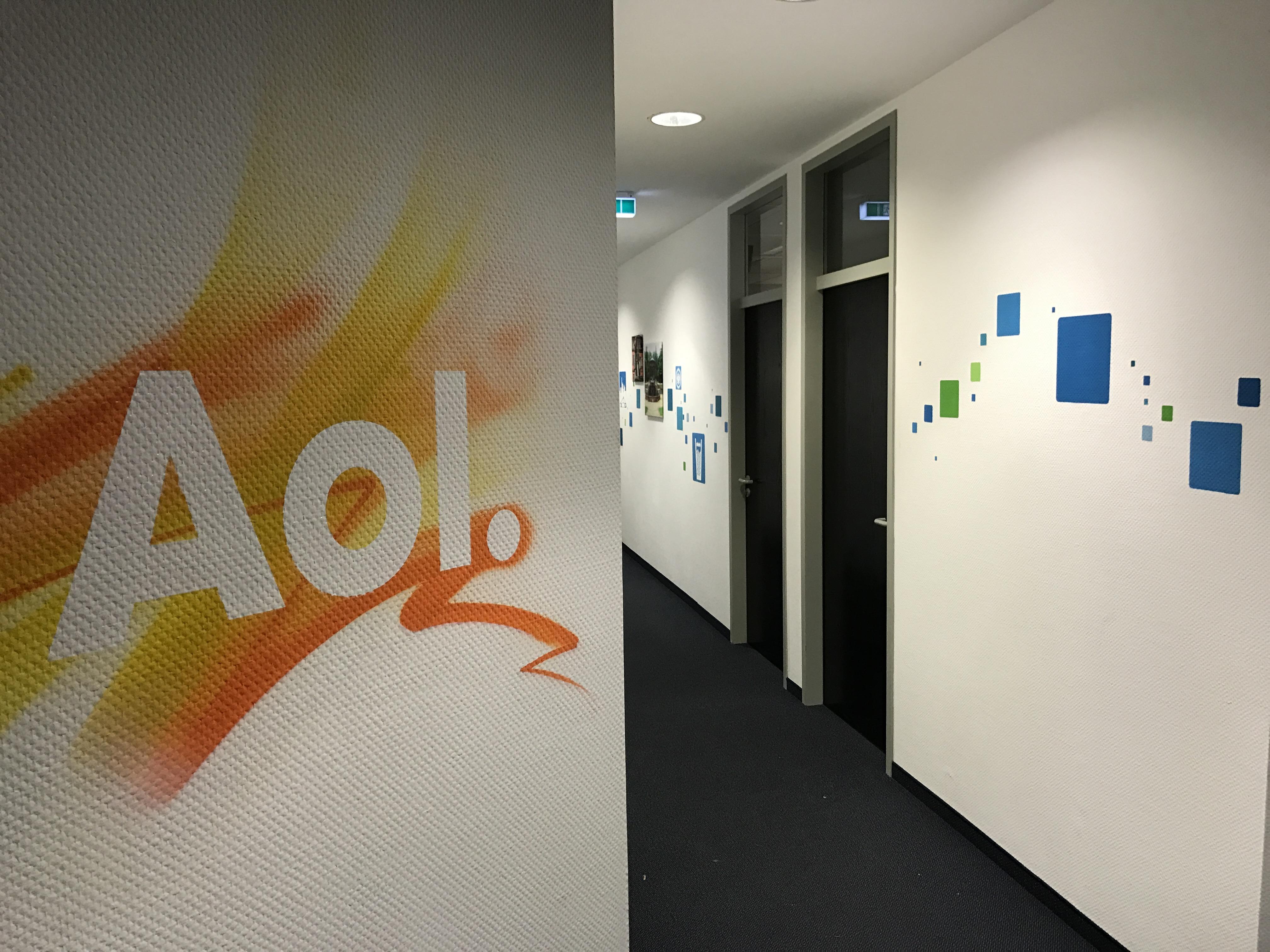 Graffitikünstler für Büro von AOL in Frankfurt