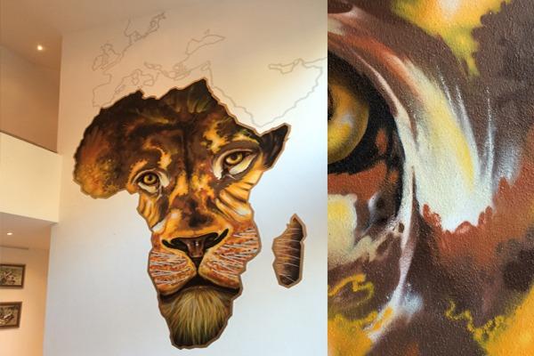 artmos4, graffitiauftrag, graffitikuenstler, afrika, löwe, orange, braun, gelb, karte