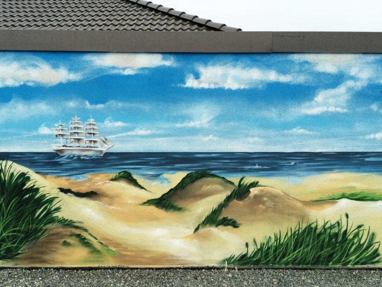 Graffitikuenstler, Graffitiauftrag, Artmos4, Schiff, Meer, Fotorealistisch