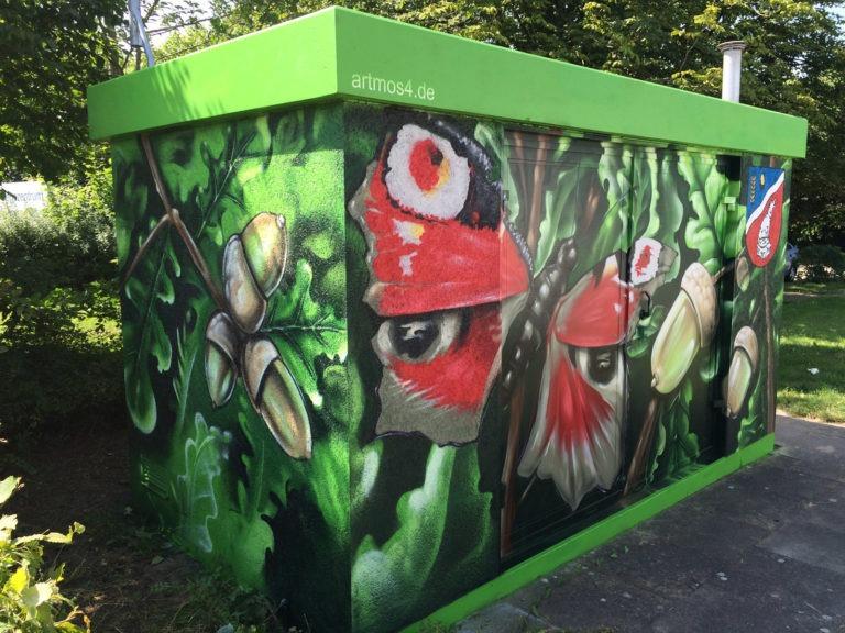 Graffitikuenstler, Graffitiauftrag, Artmos4, Hansewerke, Pflanzen, Fotorealistisch