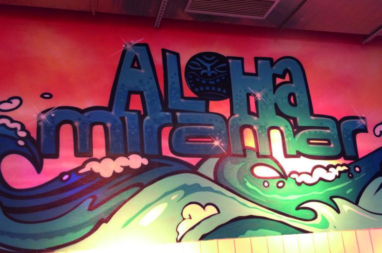 Graffitikuenstler, Graffitiauftrag, Artmos4, Miramar, Schrift, Comic, Wasser