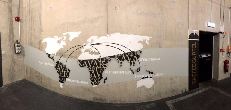 Graffitikuenstler, Graffitiauftrag, Artmos4, Aldi, Weltkarte, Pflanze, Grafisch, Schrift