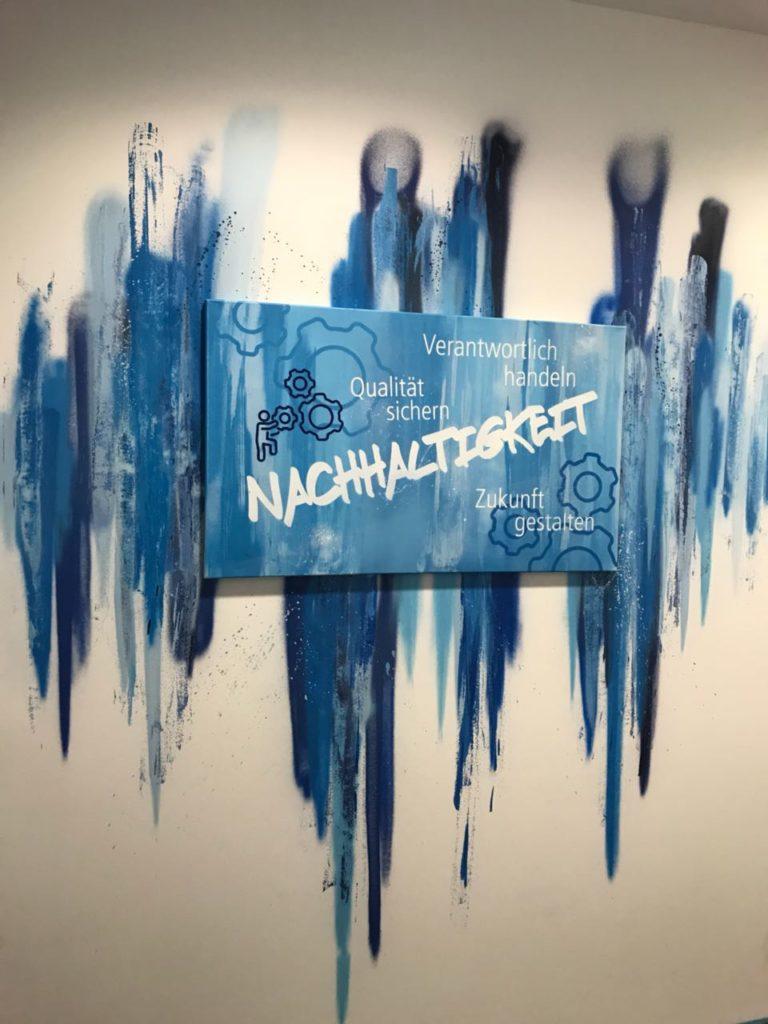 Graffitikuenstler, Graffitiauftrag, Artmos4, Real, Schrift, Schlagwoerter, Grafik, Graffiti