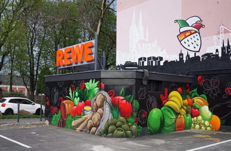 Graffitikuenstler, Graffitiauftrag, Artmos4, Rewe, Obst, Gemuese, Grafik, Skyline, Fotorealistisch