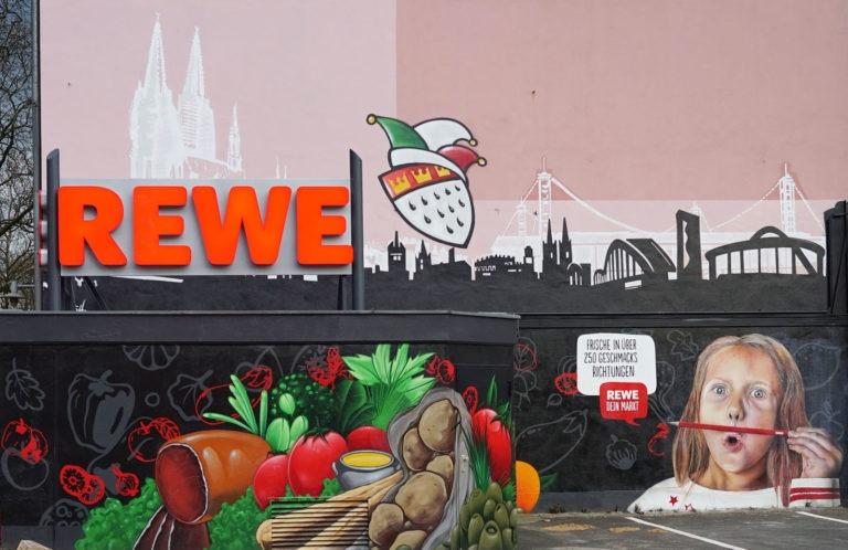 Graffitikuenstler, Graffitiauftrag, Artmos4, Rewe, Person, Obst, Gemüse, Schrift, Grafisch, Fotorealistisch