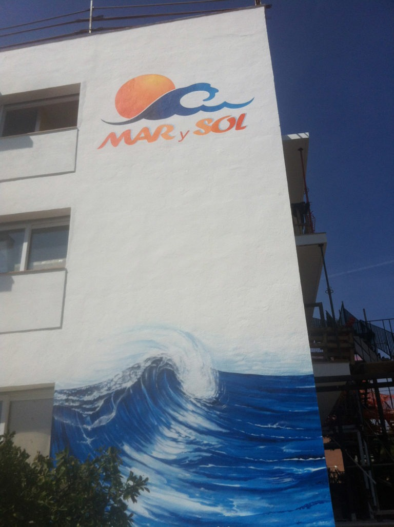 Graffitikuenstler, Graffitiauftrag, Artmos4, Marysol, Welle, Logo, Fotorealistisch