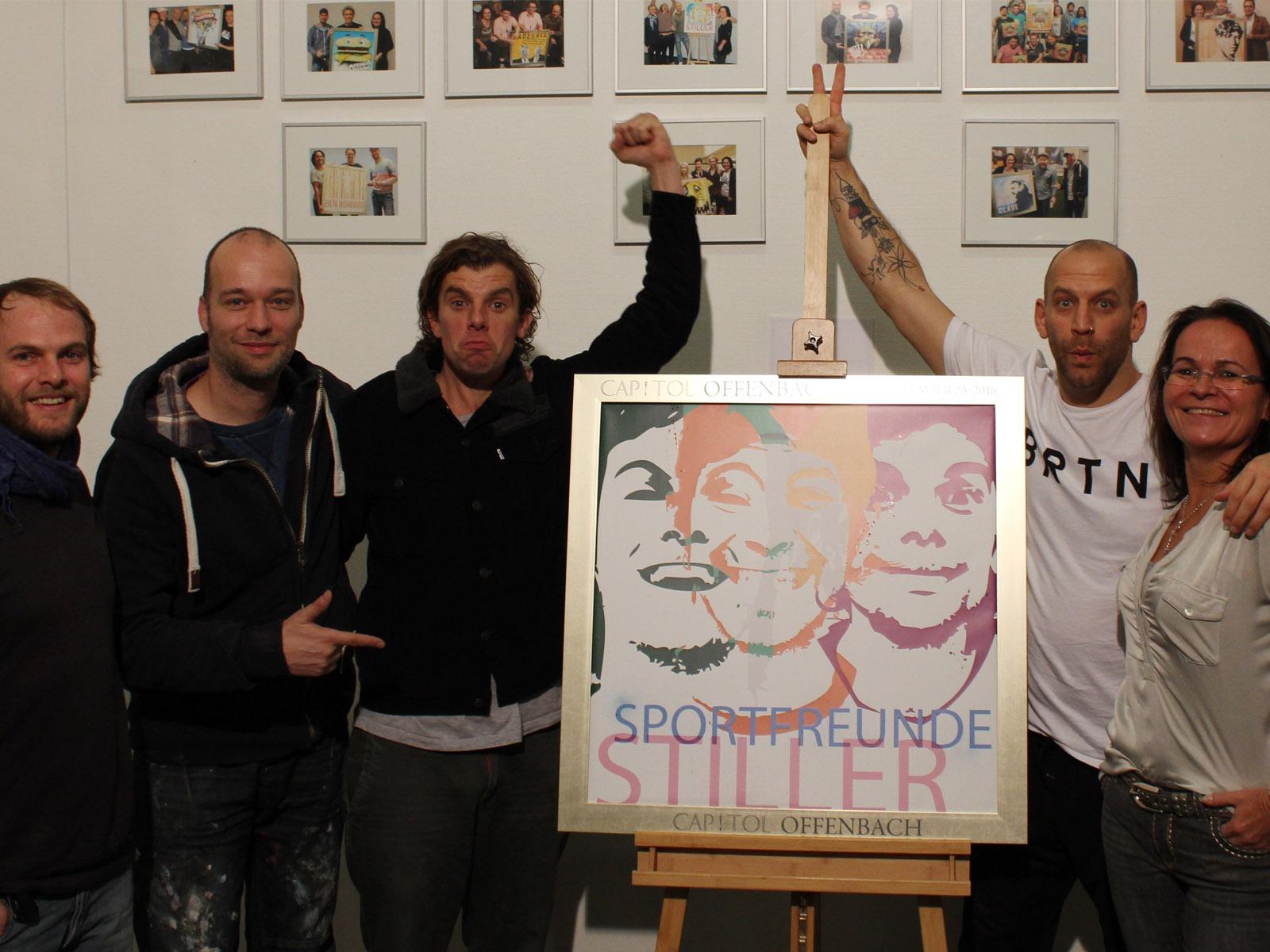 graffitiauftrag-graffitikuenstler-artmos4-sold-out-award-sportfreunde-stiller-stadthalle-offenbach-leinwand-graffiti
