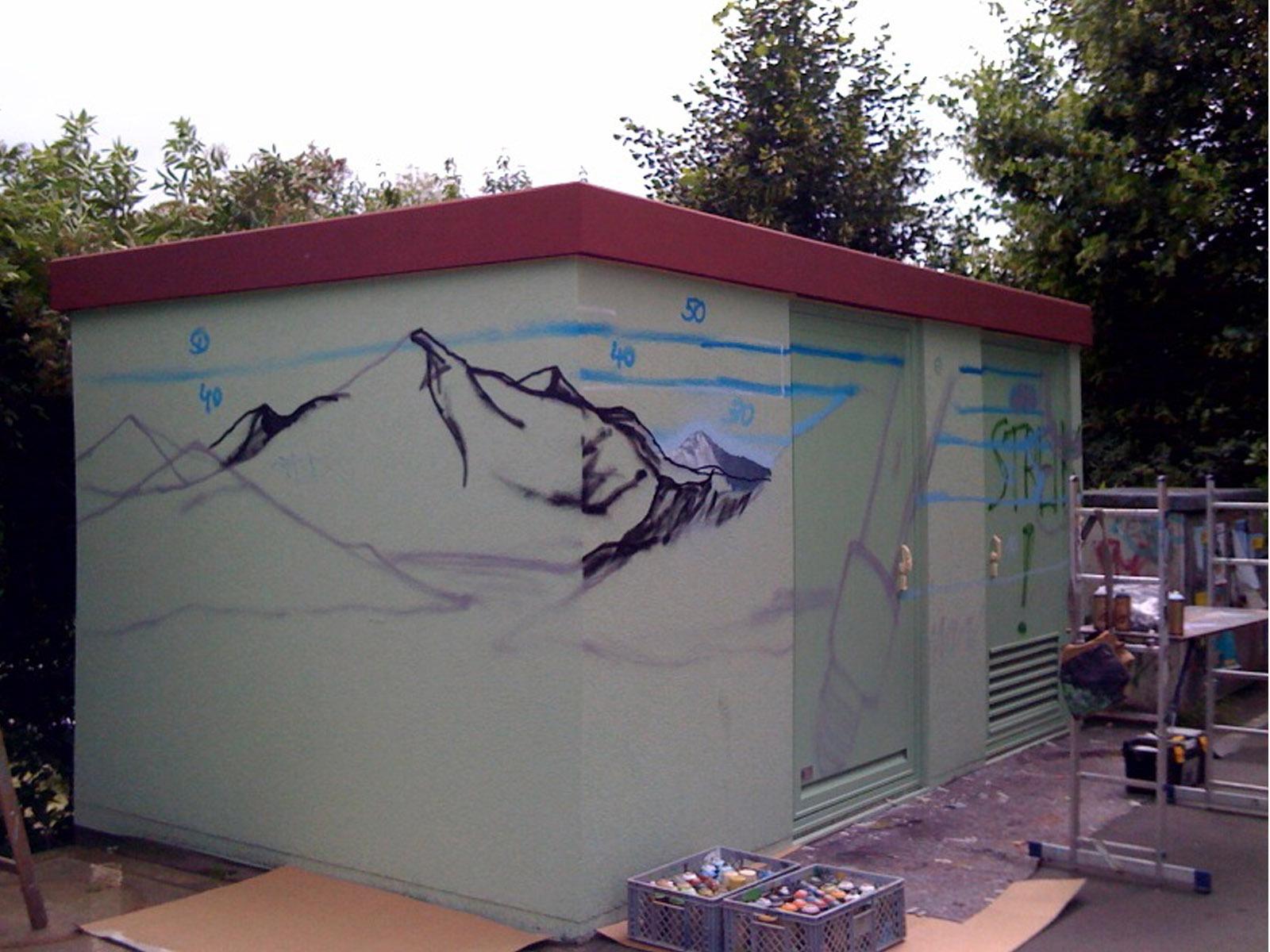 graffitiauftrag_graffitikuenstler_artmos4_stadtwerke_marburg_landschaft_energie
