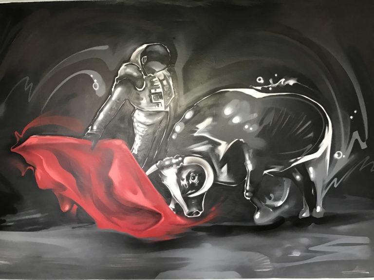 Graffitikuenstler, Graffitiauftrag, Artmos4, Tier, Mensch, Stierkampf, illustrativ, SchwarzWeiss