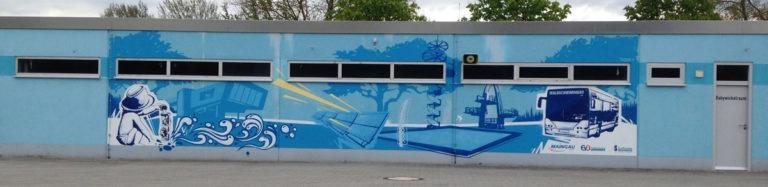 Graffitikuenstler, Graffitiauftrag, Artmos4, Dietzenbach, Schwimmbad, Wasser, Auto, illustrativ