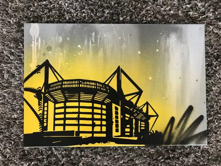 Graffitikuenstler, Graffitiauftrag, Artmos4, ZuhauseimGlueck, Silhouette, BVB, Stadion, Graffiti