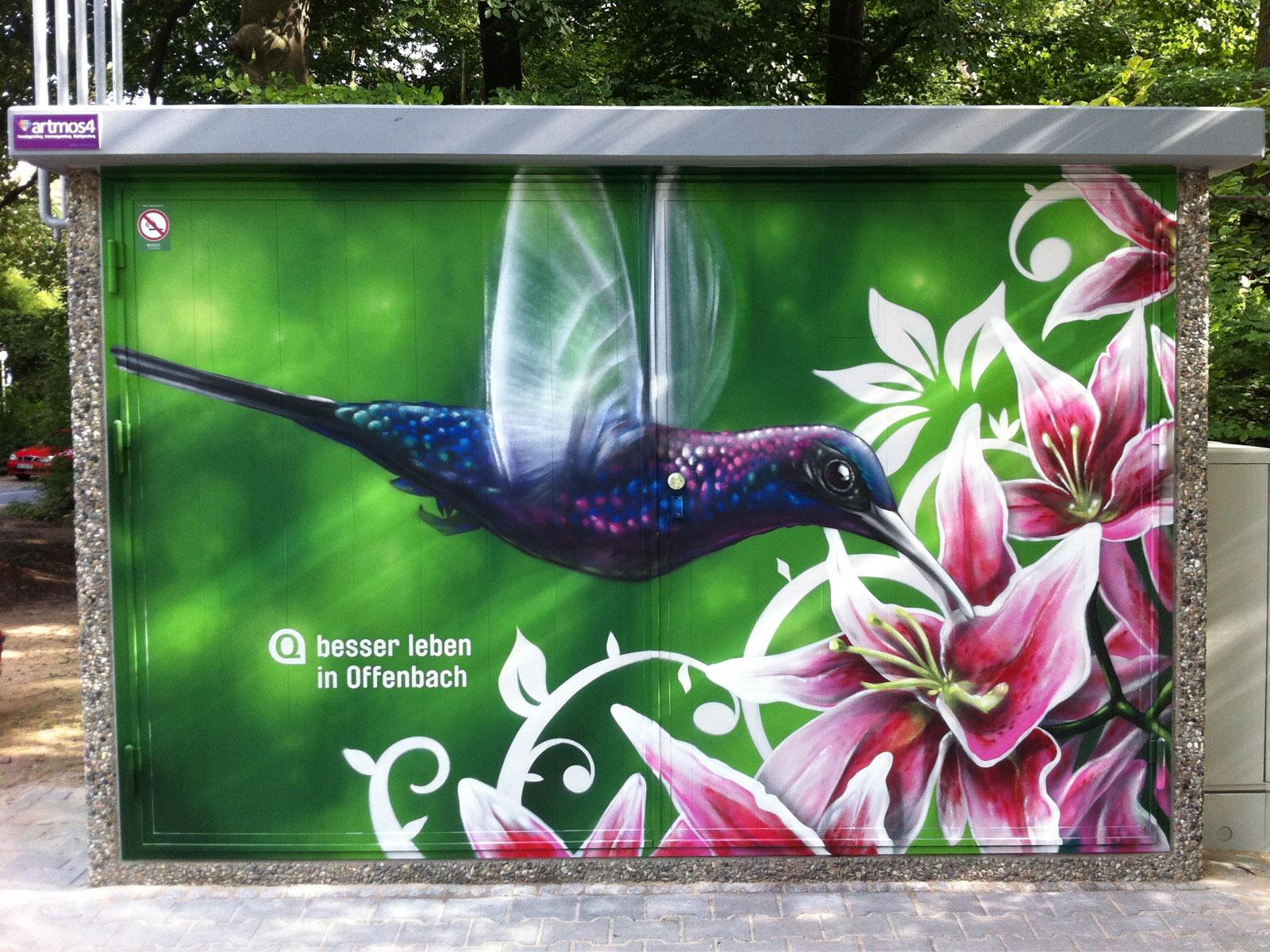 graffitikuenstler_graffitiauftrag_artmos4_energieversorger_offenbach_tier_pflanzen_bunt